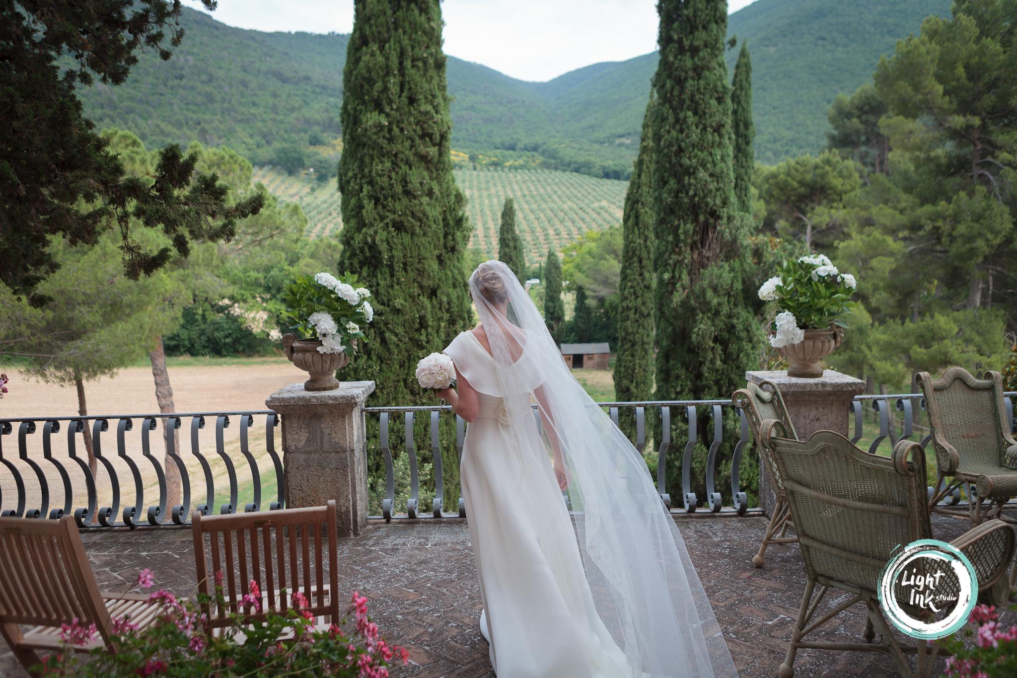 Foto matrimonio uscita sposa
