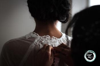 Sposa con il vestito
